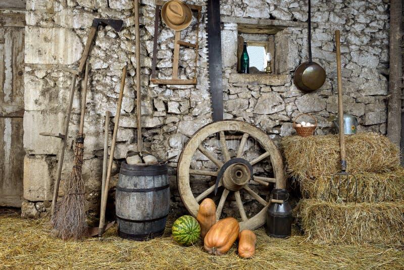 Equipa el granero tres imagen de archivo