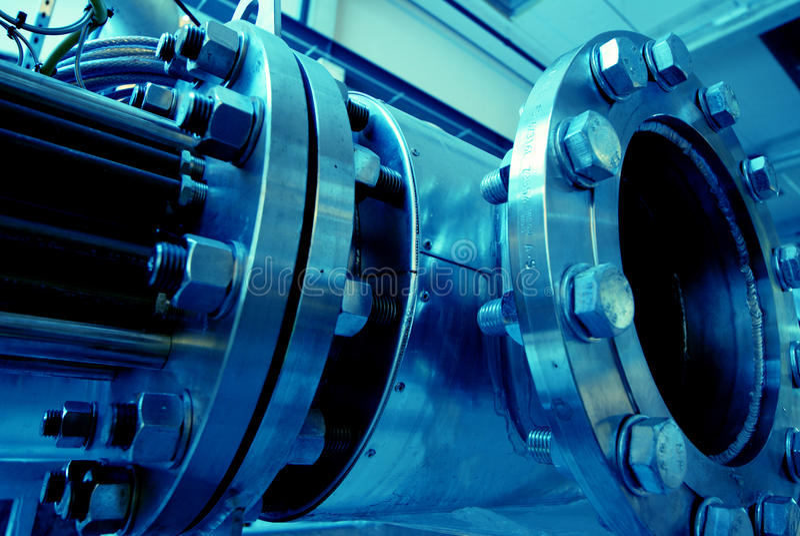 Download Equipamento, Cabos E Encanamento Foto de Stock - Imagem de industrial, óleo: 12804948