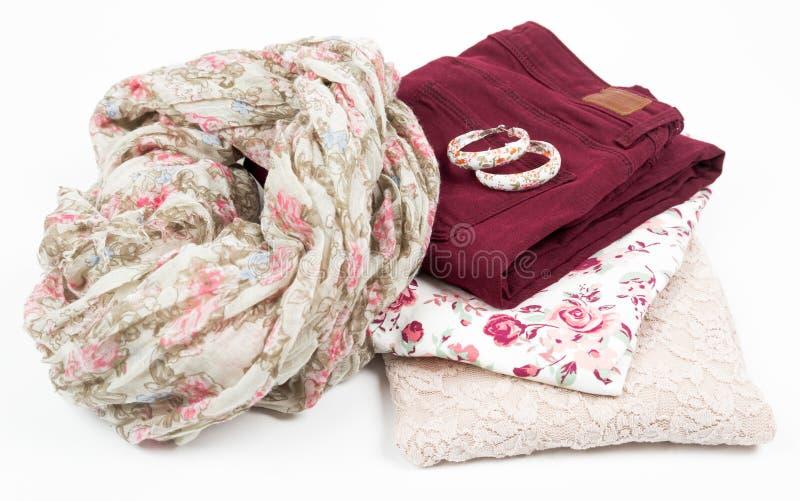 Equipamento da roupa e dos acessórios da mulher imagem de stock