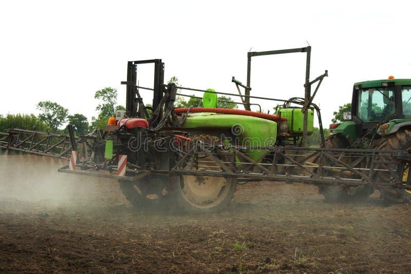 Equipamento de exploração agrícola no trabalho foto de stock royalty free