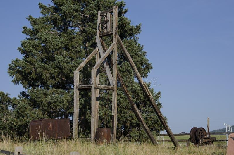 Equipamento de mineração abanadoned velho situado em Victor Colorado fotografia de stock royalty free