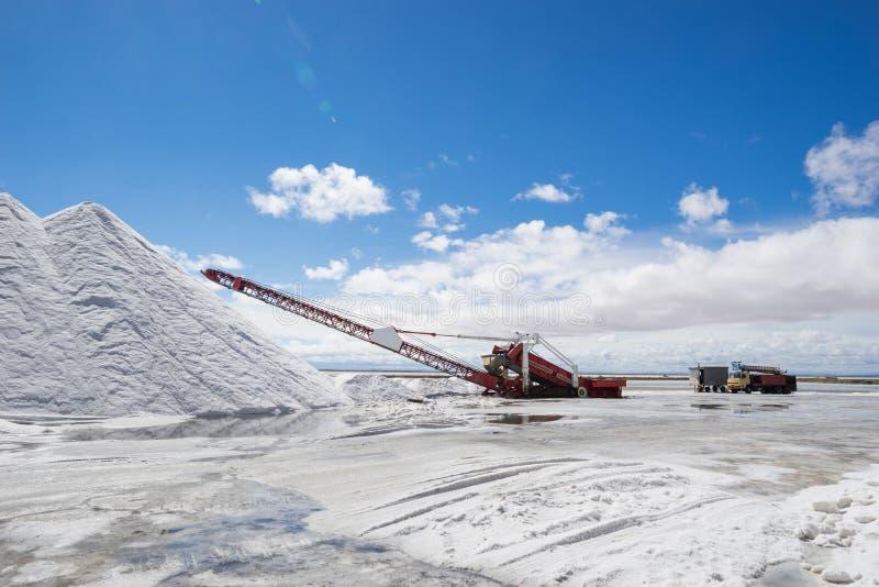 Equipamento de mineração de sal imagens de stock royalty free