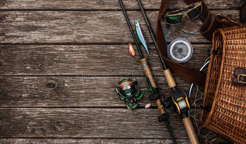 Equipamento de pesca e haste de gerencio imagens de stock