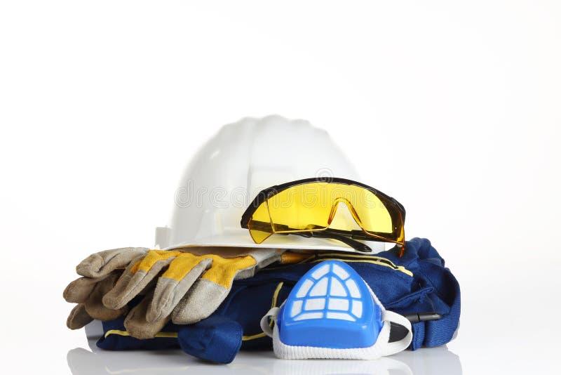 Equipamento de segurança branco do capacete foto de stock royalty free