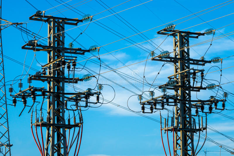 Equipamento de uma alta tensão de redes elétricas foto de stock royalty free