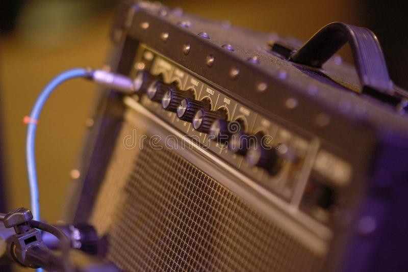 Equipamento do amplificador para a guitarra elétrica imagens de stock royalty free