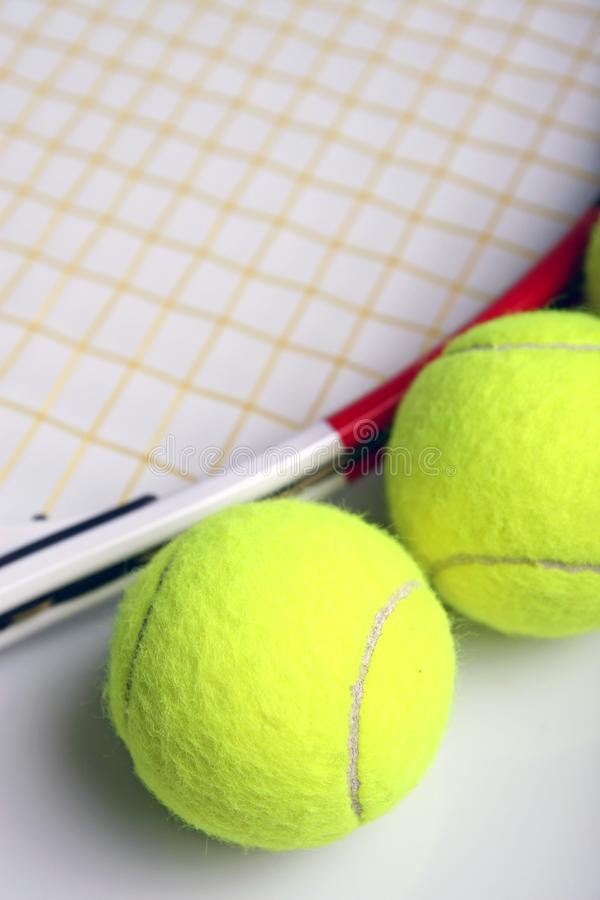Equipamento do tênis fotografia de stock