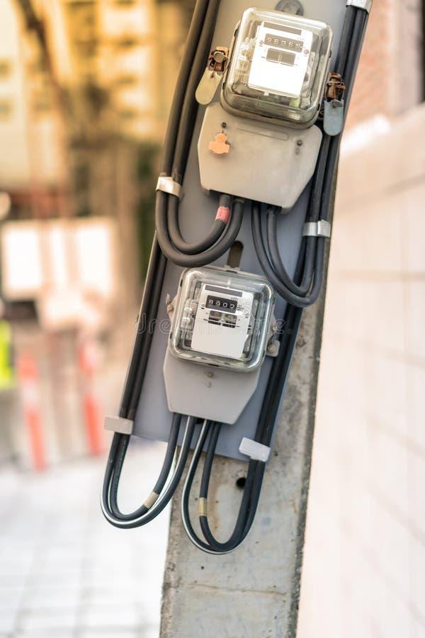 Equipamento elétrico Cabo e frisador da eletricidade eletricidade fotos de stock