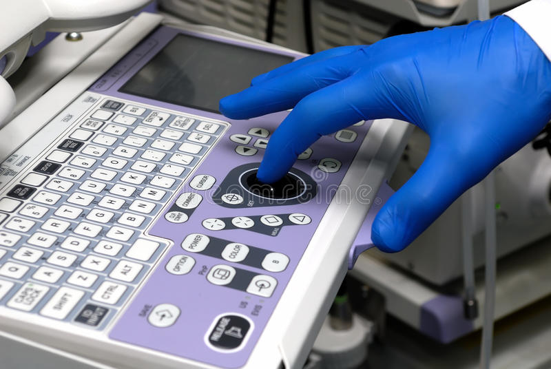 Equipamento médico de controlo foto de stock