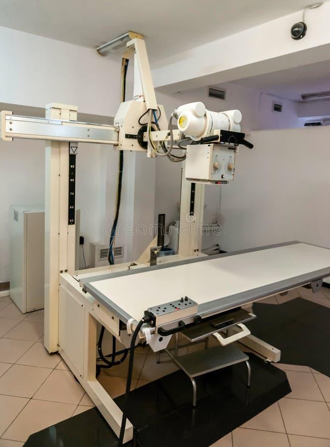 Download Equipamento Médico No Centro Médico Imagem de Stock - Imagem de ajuda, trauma: 26516409