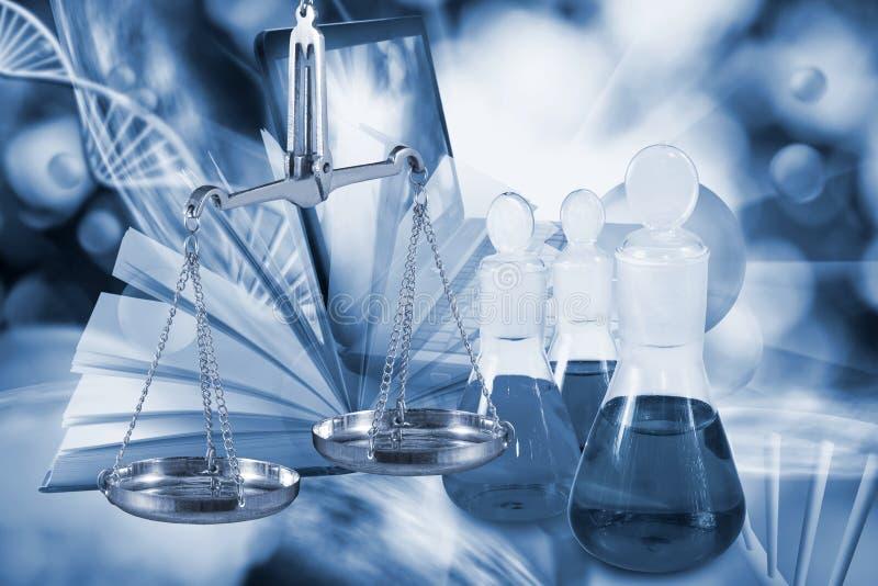 equipamento microbiológico e médico em um fundo tecnologico fotos de stock royalty free