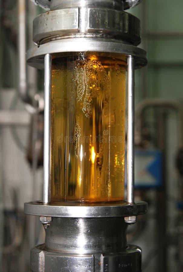 Equipamento moderno da cervejaria imagem de stock royalty free