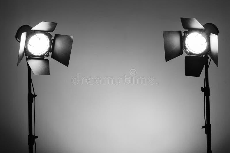 Equipamento para estúdios da foto e fotografia da forma foto de stock