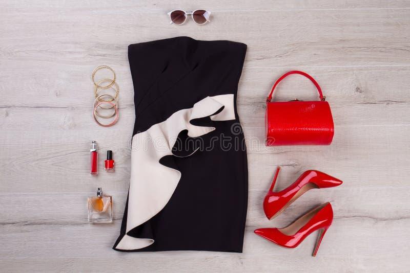 Equipamento preto e vermelho fotografia de stock royalty free