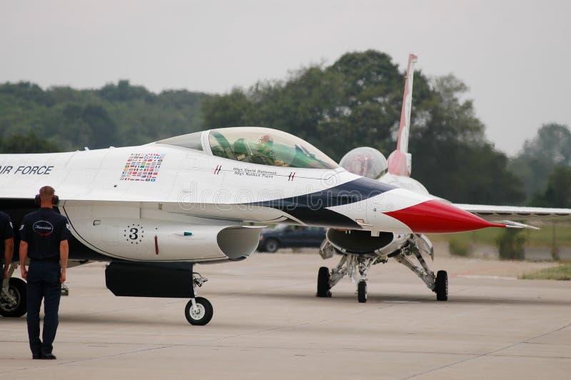 Equipe à terra do U.S.A.F. Thunderbird fotografia de stock royalty free