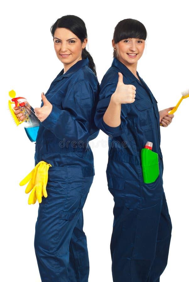 Equipe bem sucedida de mulheres de limpeza foto de stock royalty free