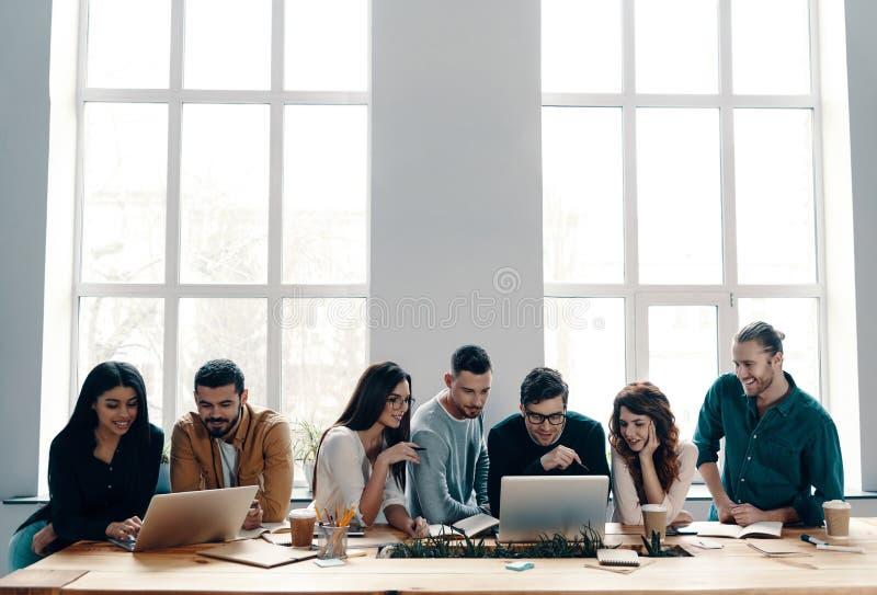 Equipe bem sucedida imagem de stock royalty free