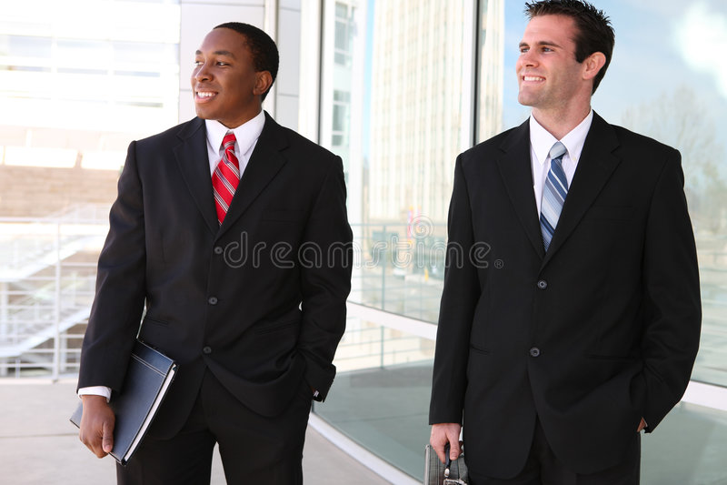 Equipe considerável dos homens de negócio fotos de stock