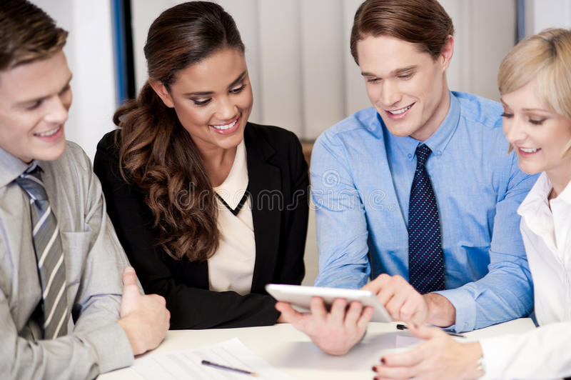 Equipe do negócio do trabalho quatro de apreciação imagens de stock