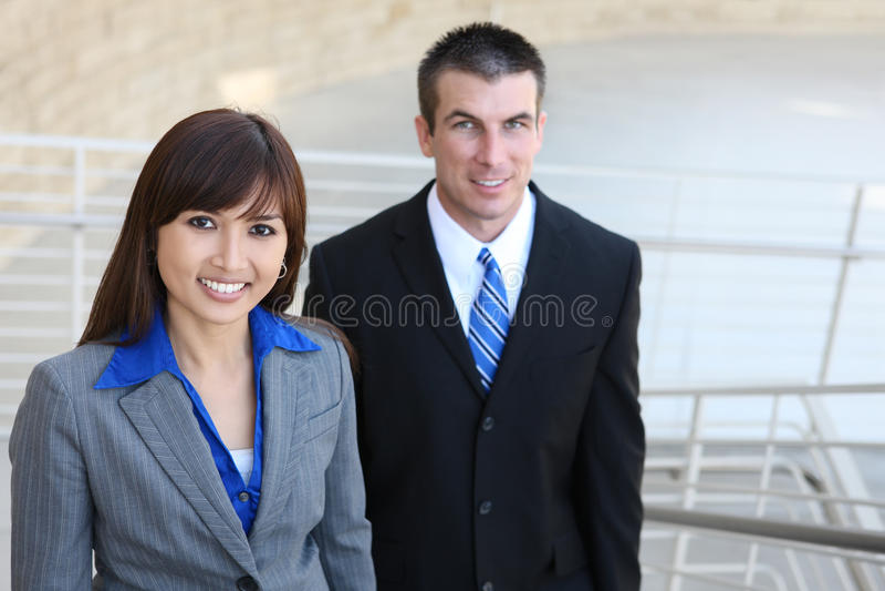 Download Equipe Do Negócio Em Escadas Foto de Stock - Imagem de atrativo, profissional: 10066134