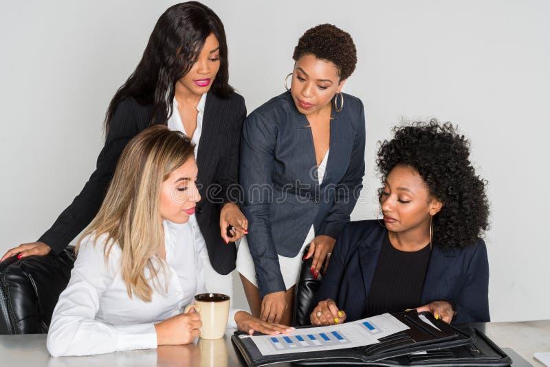 Equipe do negócio no trabalho imagem de stock royalty free
