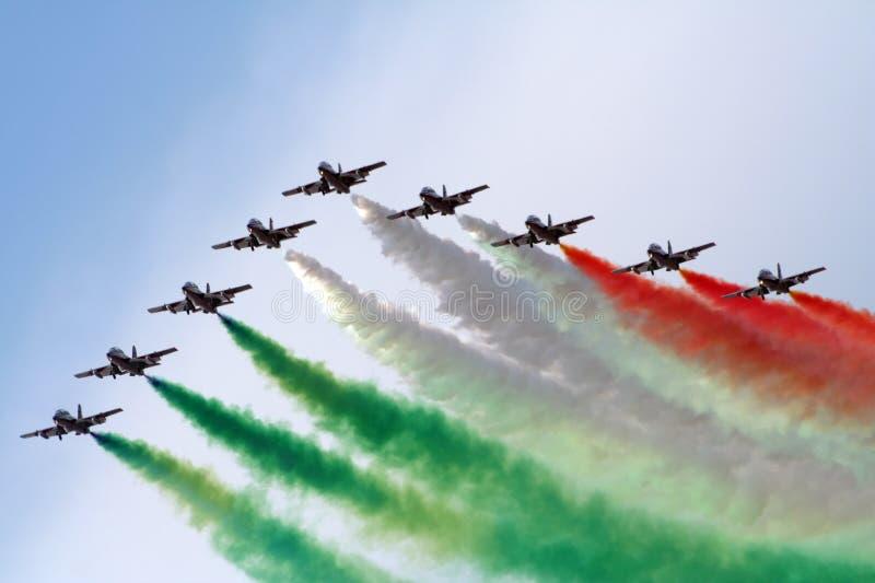 Equipe italiana de Frecce Tricolori imagem de stock