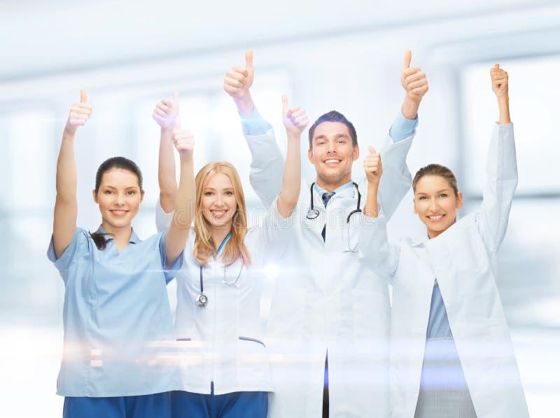 Equipe ou grupo novo profissional de doutores fotos de stock