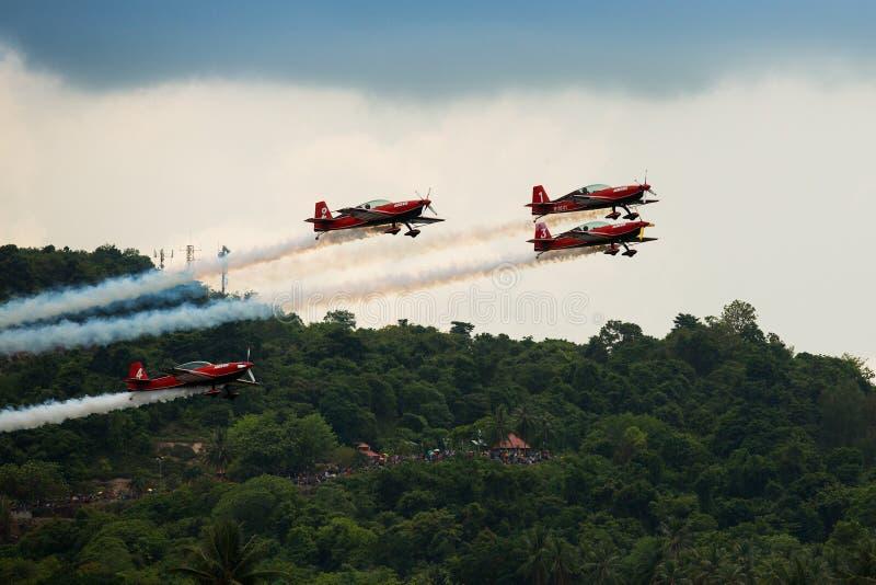 Equipo aeroacrobacia Krisakti de Malasia imagen de archivo