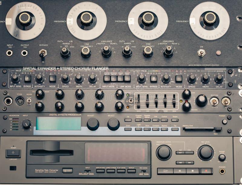 Equipo audio de la vendimia fotos de archivo libres de regalías