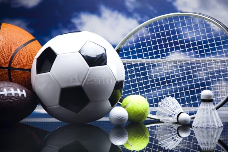 Equipo De Baloncesto De Las Mujeres Imagen De Archivo: Equipo De Deporte, Fútbol, Tenis, Baloncesto Imagen De