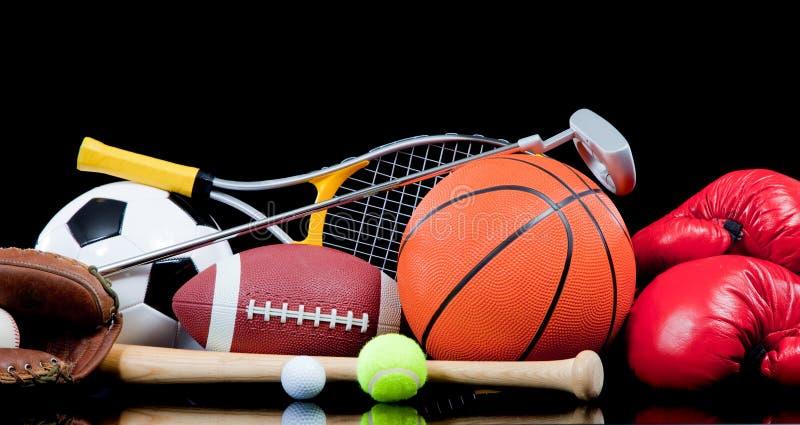 Equipo de deportes clasificado en negro imagen de archivo