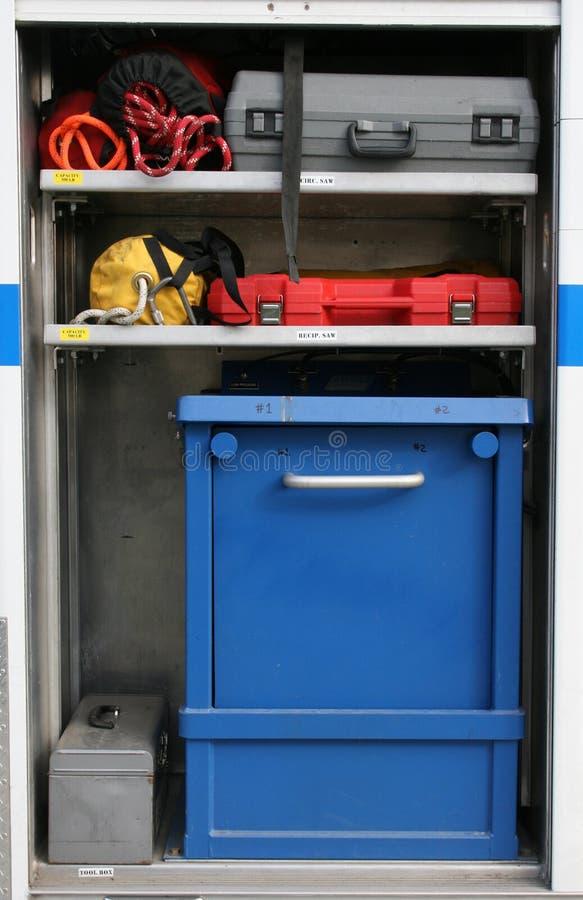 Equipo de emergencia del coche de bomberos foto de archivo libre de regalías