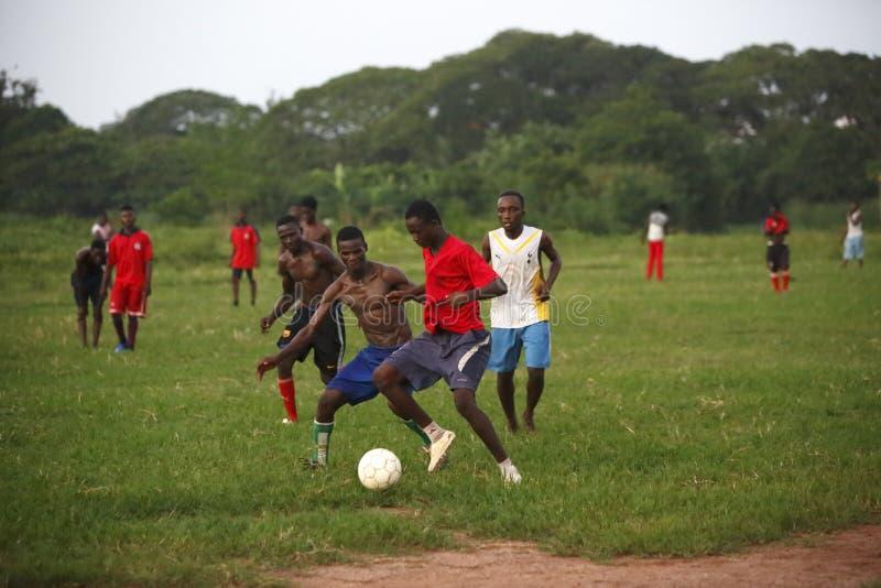 Equipo de fútbol africano durante el entrenamiento foto de archivo