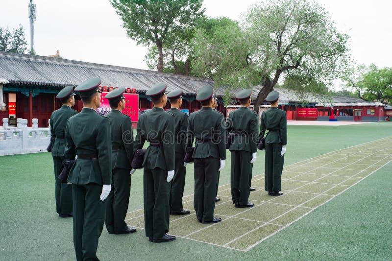 Equipo de la bandera nacional, Pekín, China imagen de archivo libre de regalías