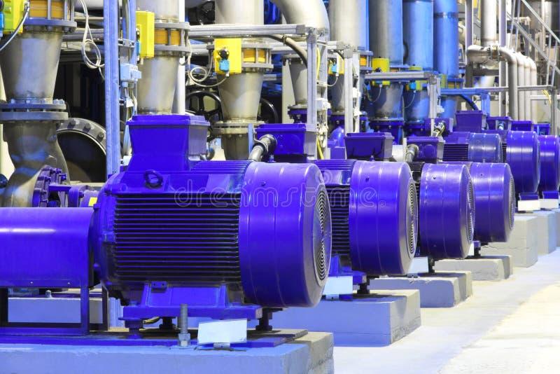 Equipo de la fábrica Negocio industrial Motor eléctrico imagen de archivo