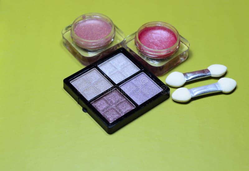 equipo del maquillaje imagen de archivo libre de regalías