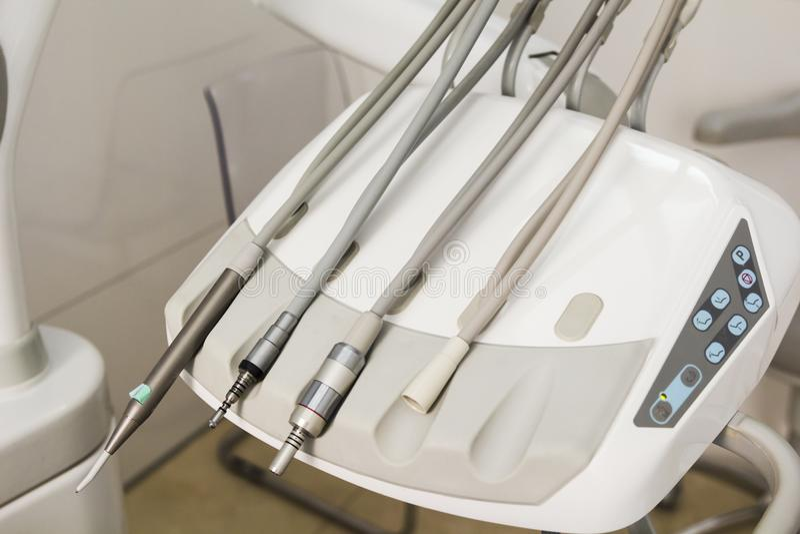 Equipo dental de la clínica y concepto de la estomatología imagen de archivo libre de regalías