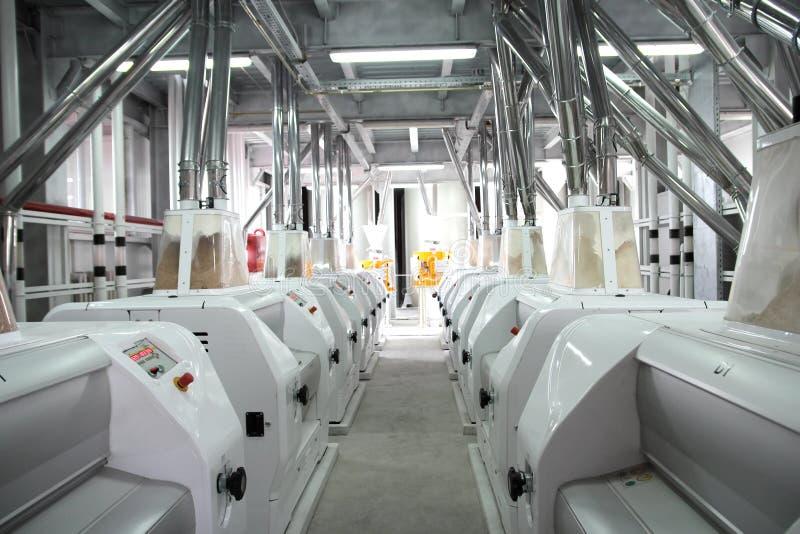 Equipo eléctrico industrial agrícola Molino del grano imagen de archivo libre de regalías
