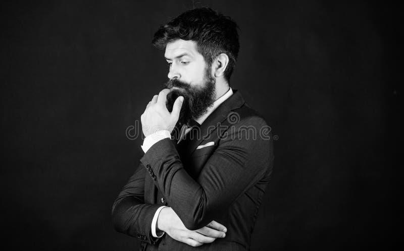 Equipo elegante perfecto del smoking Elegancia y estilo masculino Concepto de la manera Equipo formal del desgaste del individuo  fotografía de archivo