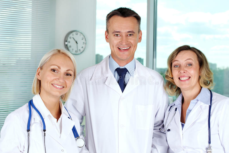 Equipo médico acertado fotografía de archivo