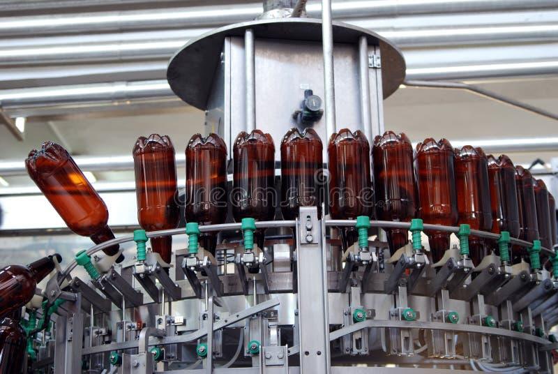 Equipo moderno de la cervecería foto de archivo libre de regalías