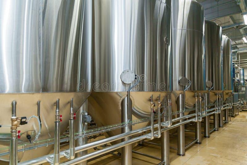Equipo para la producción de la cerveza foto de archivo libre de regalías