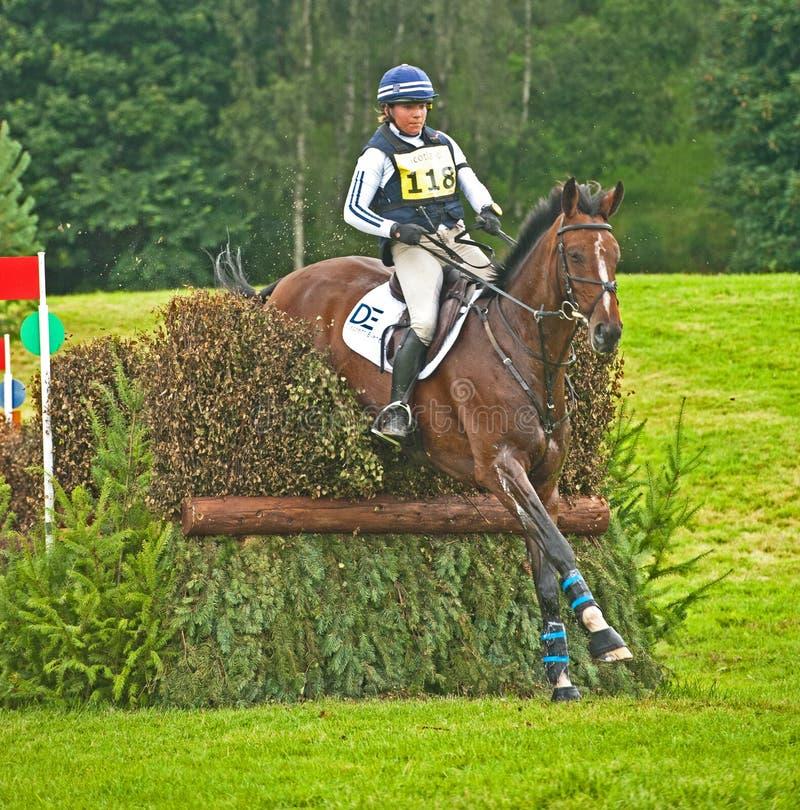 Download Equitação De Kate Rocher Para Grâ Bretanha Em Blair Imagem de Stock Editorial - Imagem de britain, número: 26510599