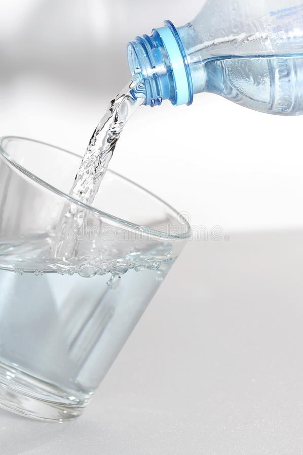 Er is glas water royalty-vrije stock foto's