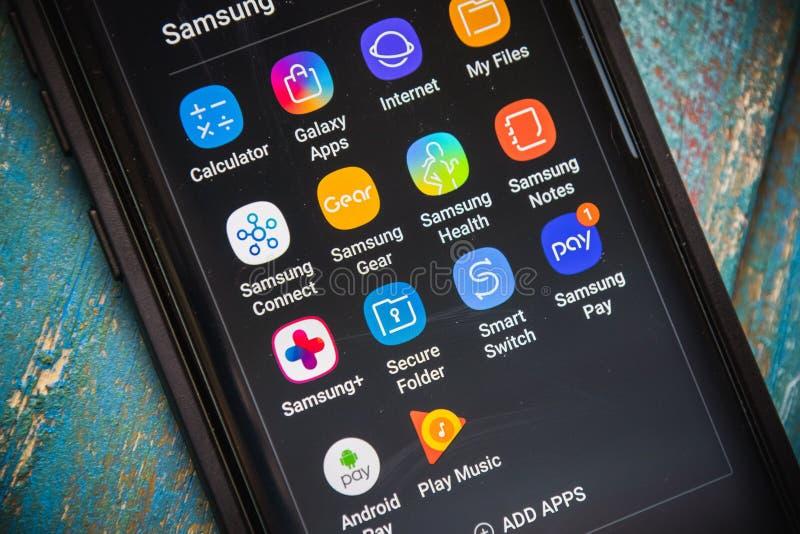 1ER JUILLET 2017 : LAS VEGAS, NV : Applications Samsung Native User Affichées Sur Le Nouveau Téléphone Galaxy S8 Plus Fermer la f photographie stock