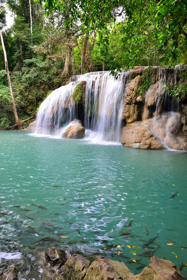 Erawan vattenfall, Thailand royaltyfria foton