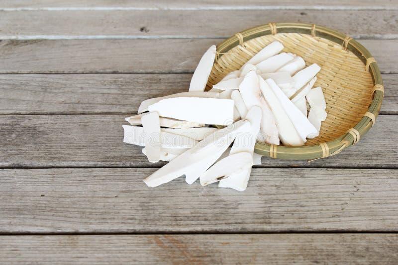 Erba cinese - polystachya secco della dioscorea della cannella-vite fotografie stock libere da diritti