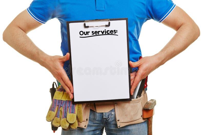 Erbauer bietet unsere Dienstleistungen an lizenzfreie stockbilder