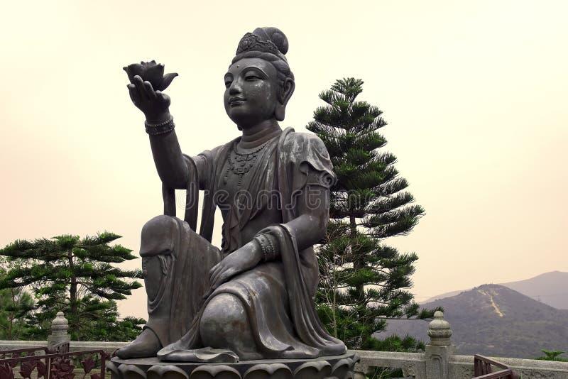 Erbjuda av den sex Devasen, Po Lin Monastery, Hong Kong royaltyfri foto