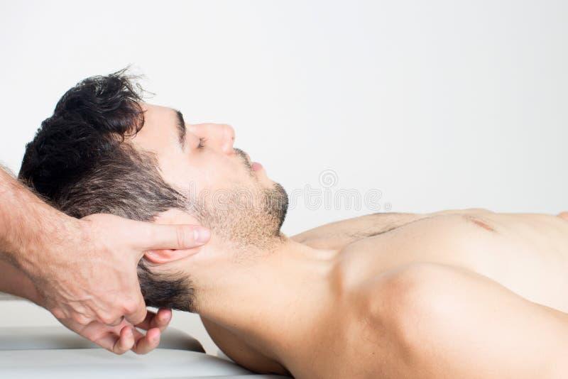 Erbjudande head behandlig för doktor arkivfoto